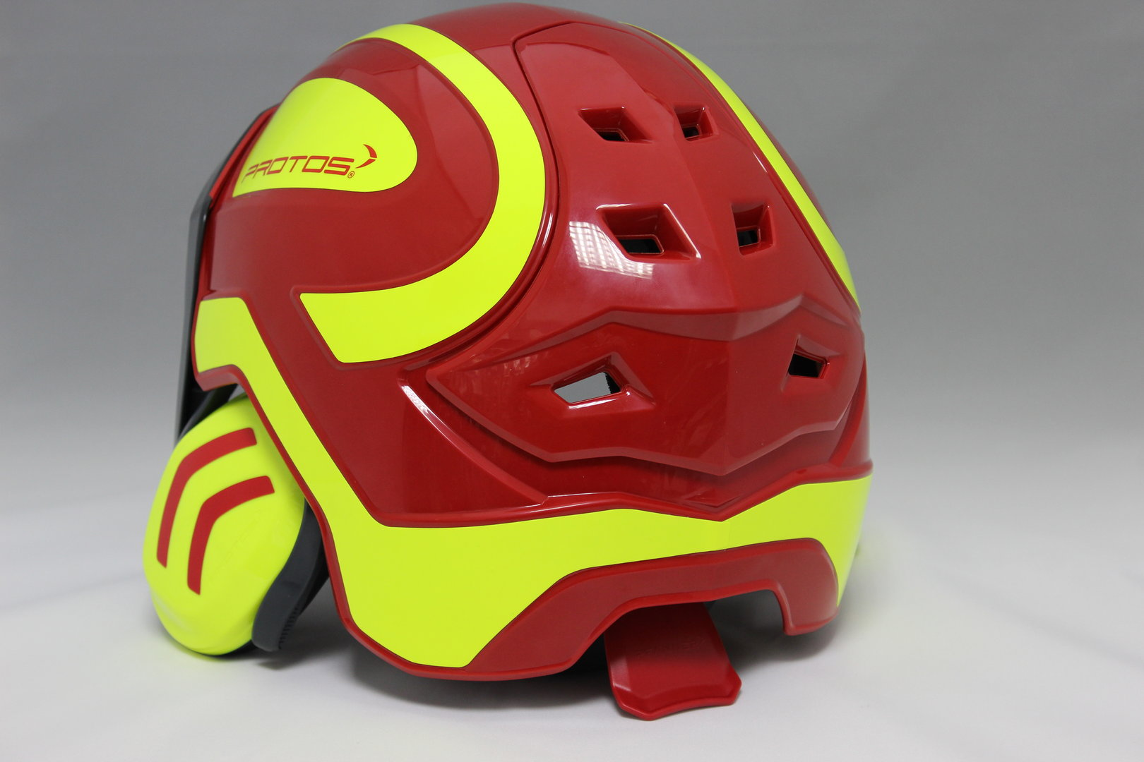 Pfanner Protos Helm